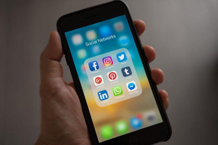 O que fazer com o conteúdo das redes sociais nas férias?